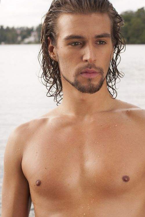 fine-looking shirtless brawny