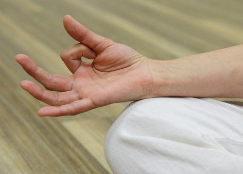 finger keep meditate