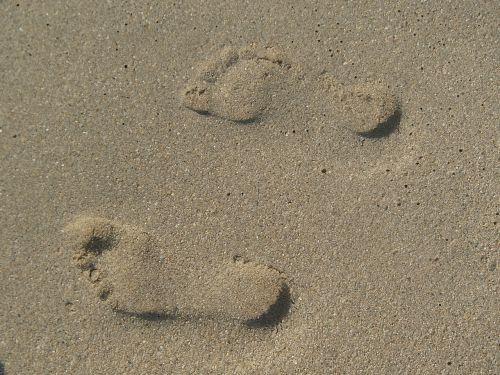 fingerprint steps sand
