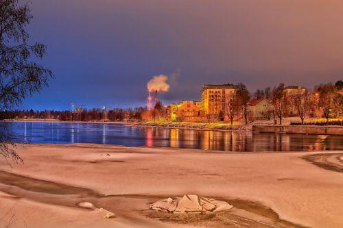 finland lake water