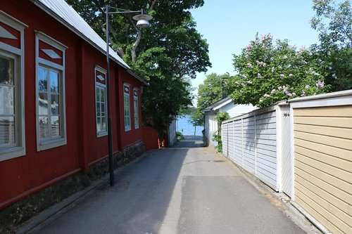 finnish  oak island  street