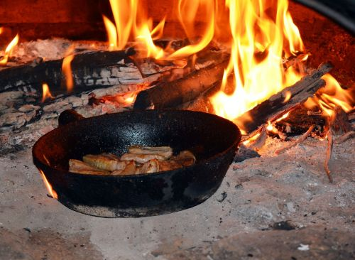 fire oven frying pan