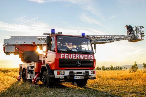 fire turntable ladder fire truck