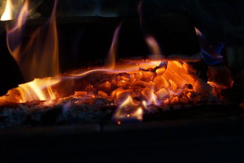fire heiss burn