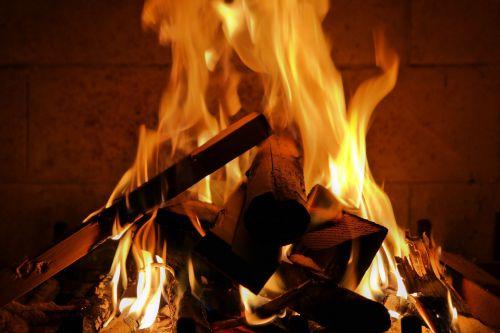 Ugnis,žiema,šiltas,žiemą,romantiškas,jaukus,šiluma,mediena,židinys,liepsna,deginti,jaukus šiltas