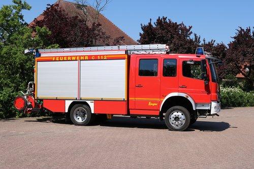 fire  fire truck  blue light