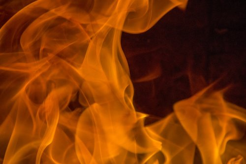 fire  calls  heat