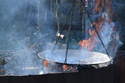fire  smoke  burn