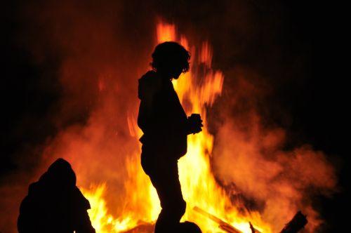 fire easter bonfire vårbrasa
