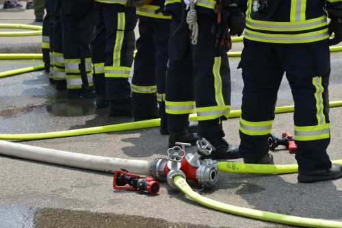 fire feuerloeschuebung firefighters