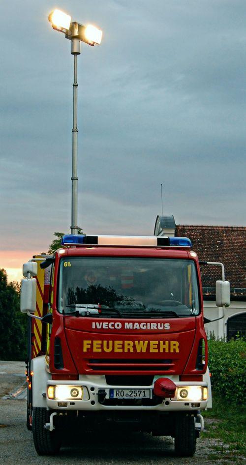 fire rüstwagen blue light