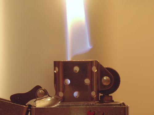 fire lighter zippo