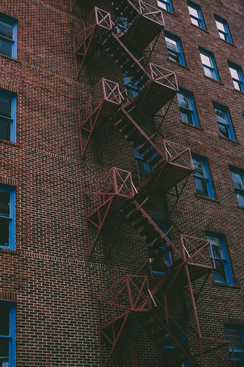 fire escape stairs apartment