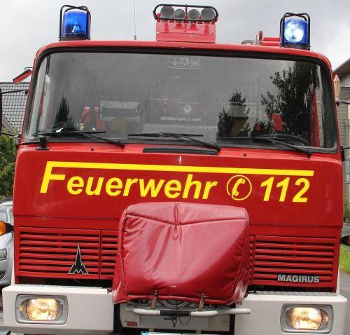 fire truck blue light 112