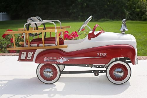 fire truck child's fire engine red