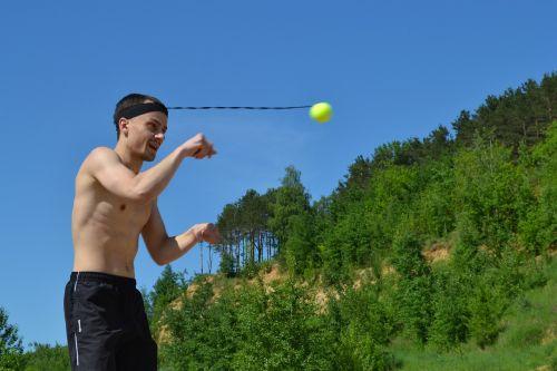 fireball ball on an elastic band fight bol