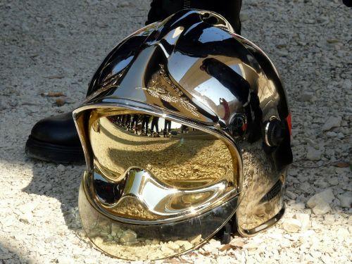 firefighter fire helmet