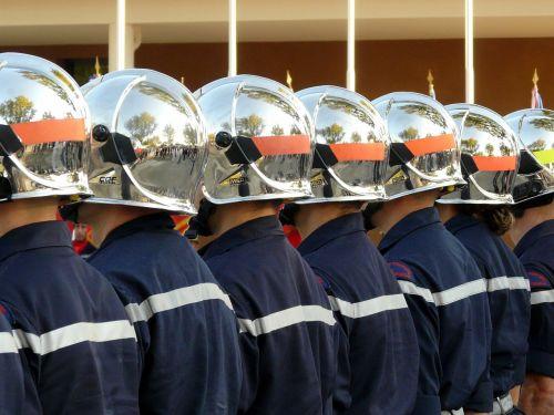 firefighter helmet fire