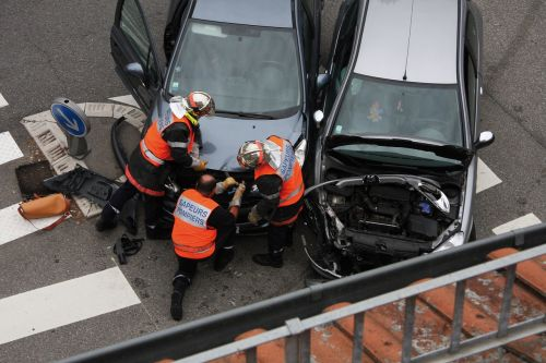 firefighter cars accident