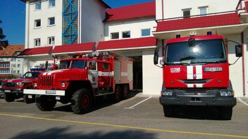 firehouse fire station fire car