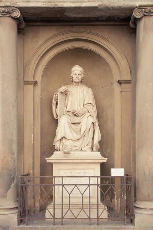 firenze  sculpture  ille hic est arnulphus