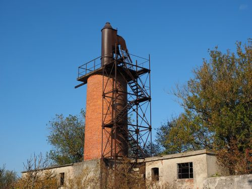 fireplace chimney lime kiln
