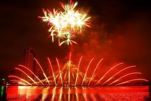 fireworks the international fireworks competition fireworks in da nang