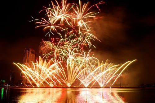 fireworks,the international fireworks competition,fireworks in da nang,danang international fireworks,fireworks event,fireworks festival
