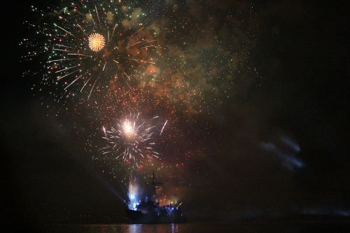 fireworks navy harbor
