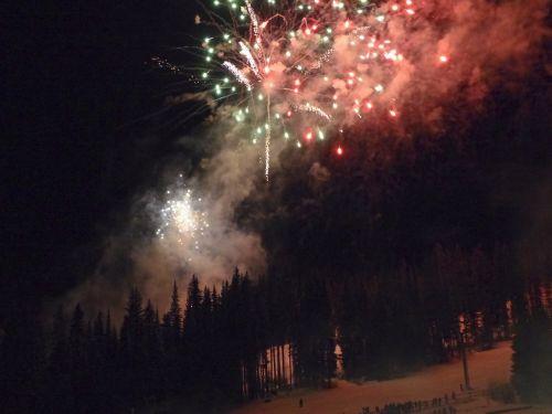 fireworks sylvester rockets