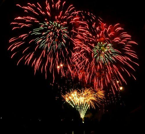 fireworks light night