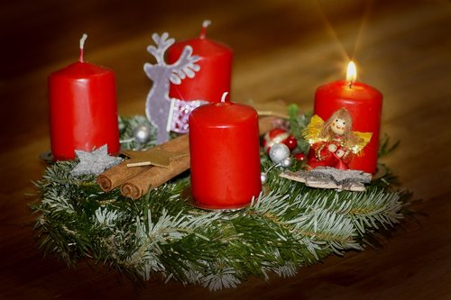 first advent  advent wreath  advent