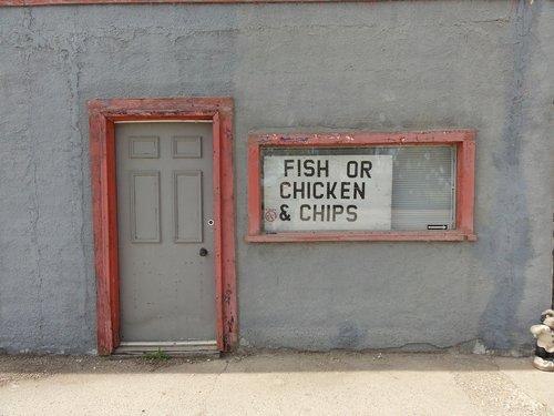 fish  chicken  ships