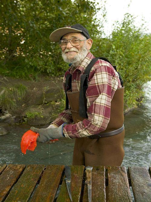 fish cleans fisherman