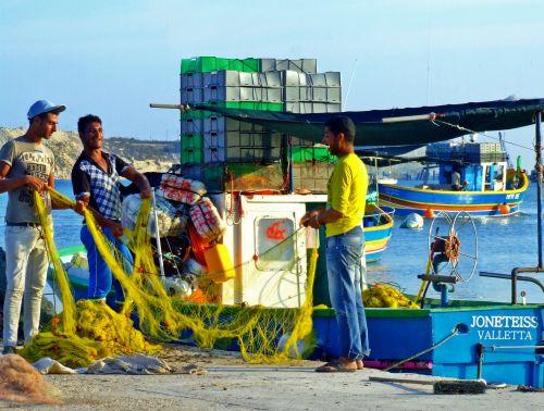 Fisher Men & Boat