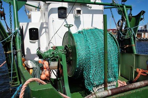 fishing  network  ship