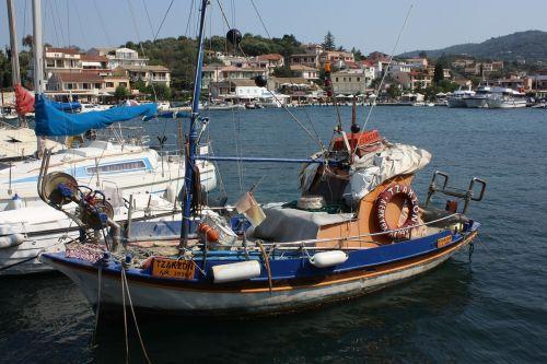 fishing boat boat sea