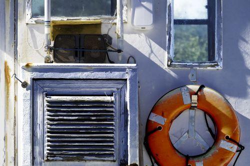fishing boat cabin life preserver