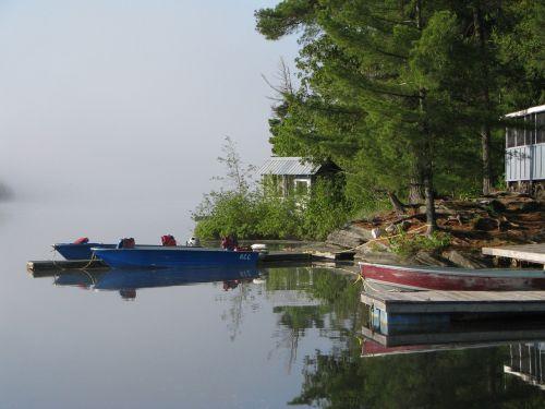 fishing lodge fishing lake
