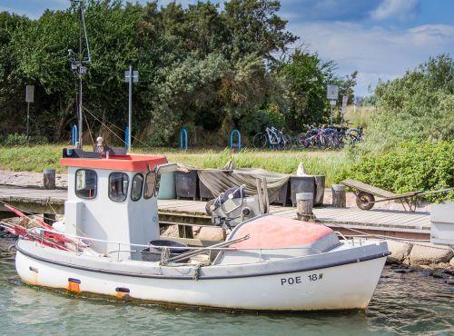 fishing vessel cutter sea