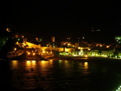 fishing village,resort,night photograph,romantic,sea,holiday,tossa de mar,spain,castle,tower,tourism
