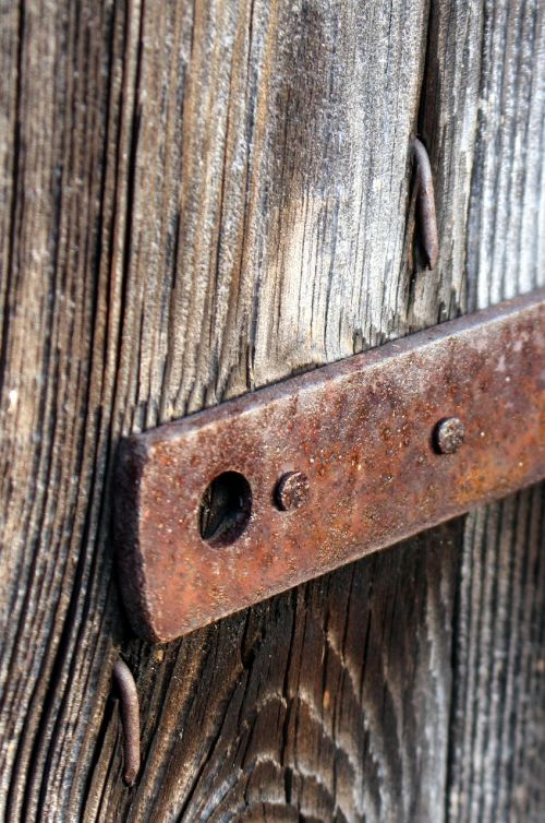 fitting wooden door old