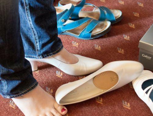 fitting shoe upper