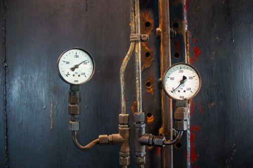 fittings pressure display old
