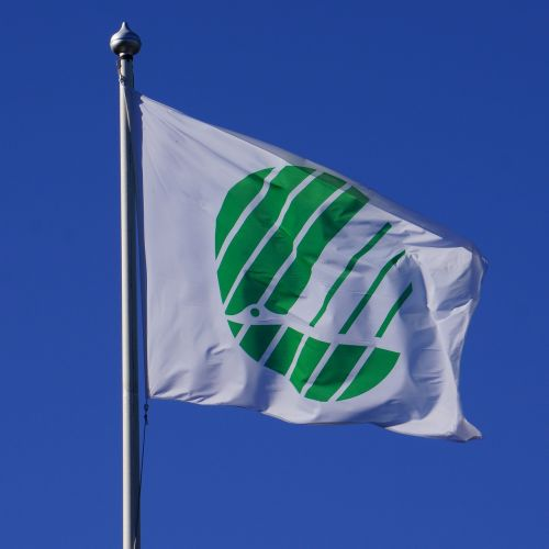 flag the eco-label swan