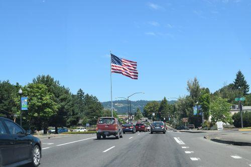 flag usa road