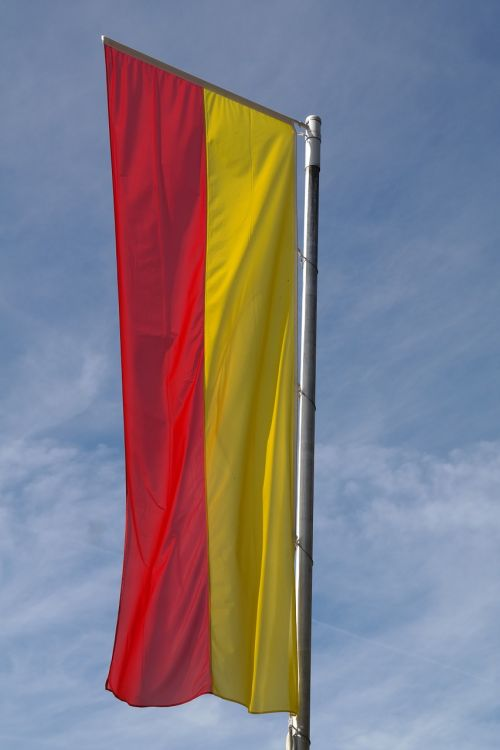 flag yellow red