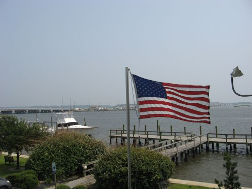 flag docks boats