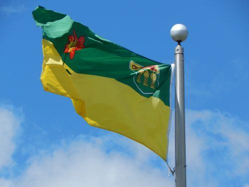 flag saskatchewan prairies