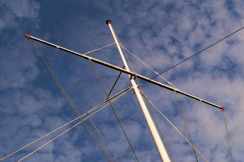 flagpole ropes sky